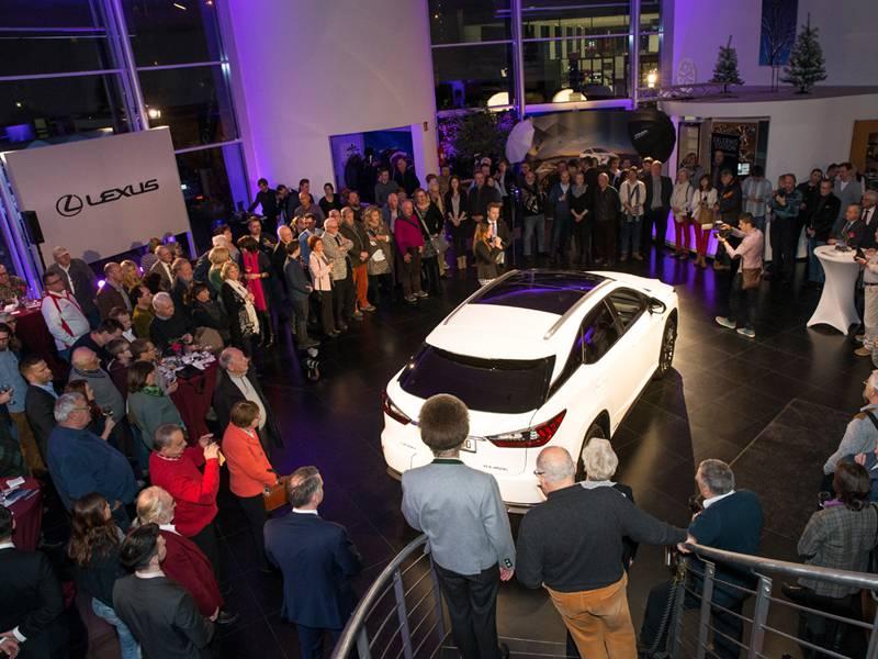 10 bundesweite Top Events für den neuen Lexus RX!